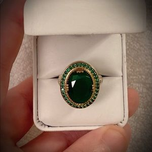 Jewelry - EMERALD CITY Oz RING Size 9 Solid 925 Silver/Gold